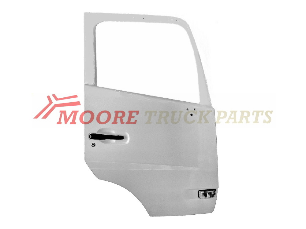 NISSAN-UD MK-PK 2012-ON Right Hand Door Shell P/N: DTY2-040-1